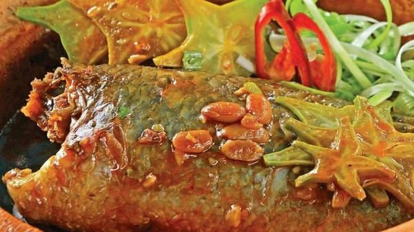 cach-chien-tom-thang-ca-kho-tuong-5